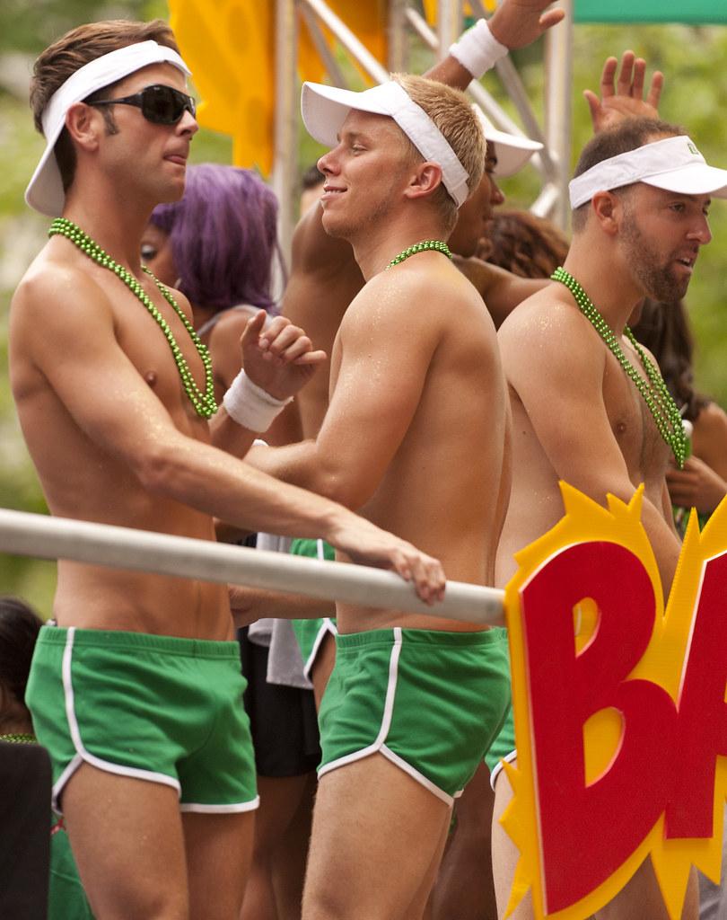 gay 2005 Montreal pride parade