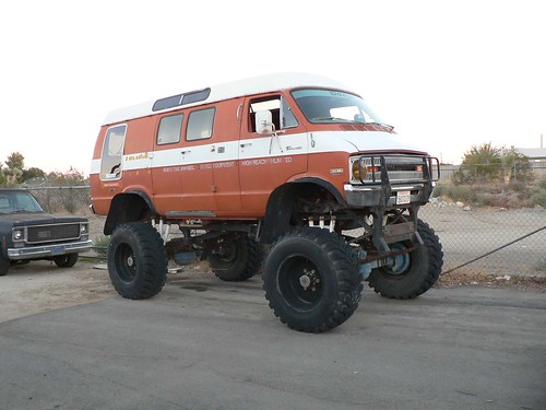 72 DODGE VAN 4X4 | by wilbura59