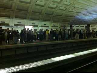 Metro center packed as red line experiences delays due to the usual crappy mismanagement #wmata | by punkwalrus
