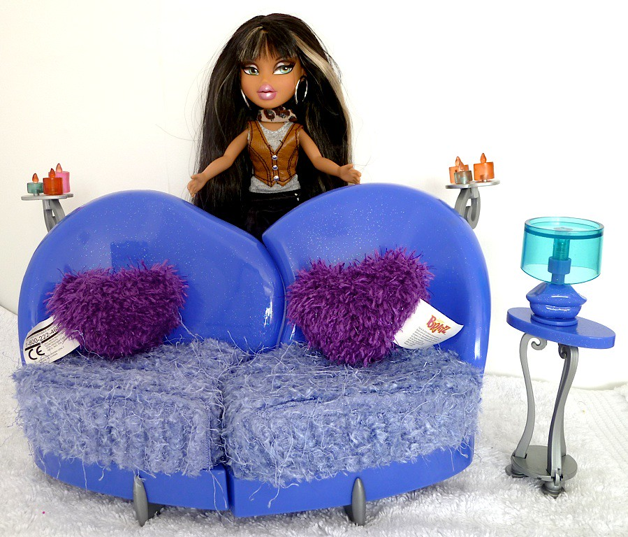 Bratz Funky Fashion Furniture Love Chair With Doll Flickr