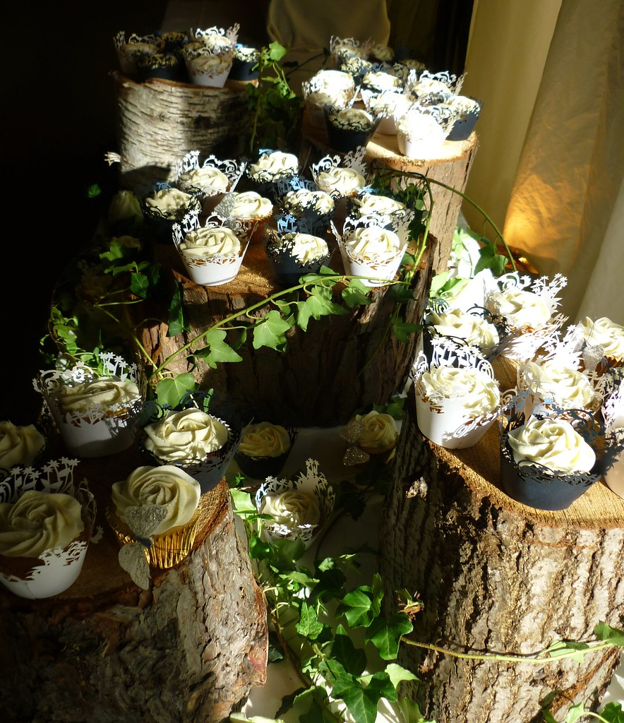 Woodland Wedding Cake Ideas