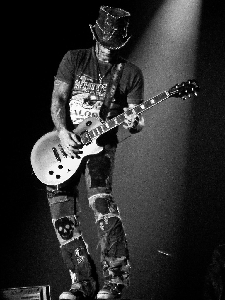 dj ashba the new lead guitarist of guns n 39 roses took this flickr. Black Bedroom Furniture Sets. Home Design Ideas