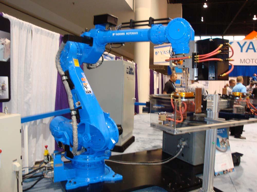 Mh215 Yaskawa Motoman Robot Robotworx Flickr