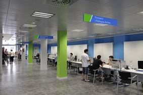Oficina de treball d 39 esplugues de llobregat aquesta nova for Oficina de treball