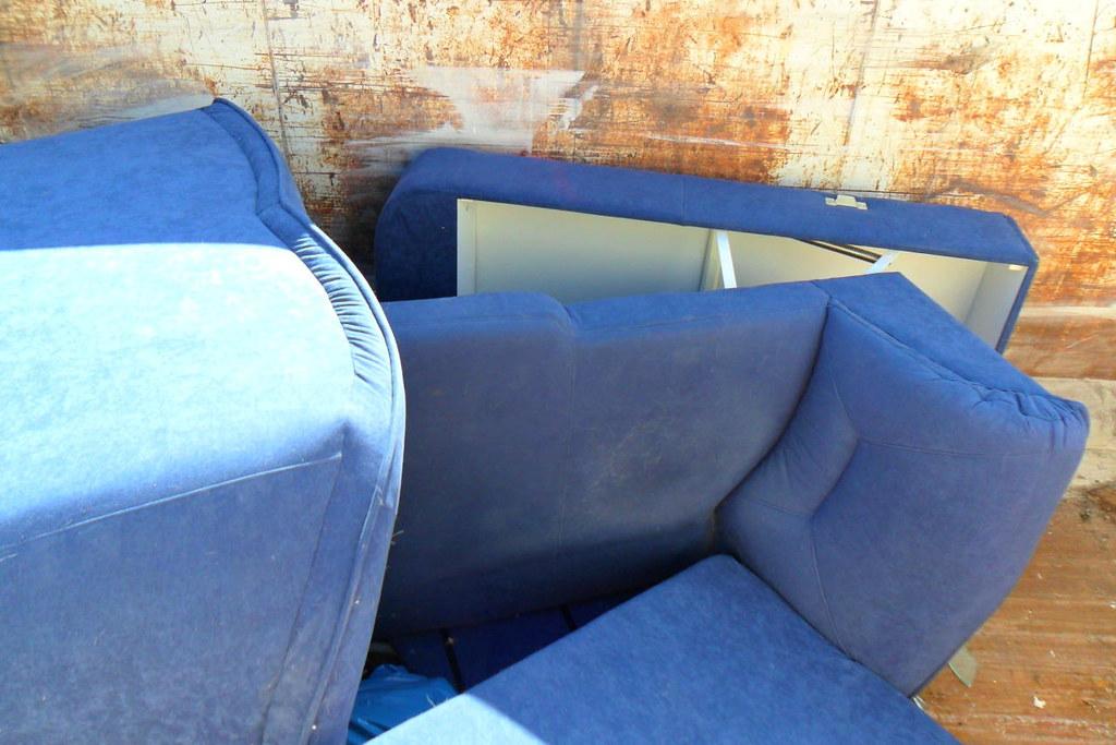 Sperrmull Blaue Couch Thomas Kohler Flickr