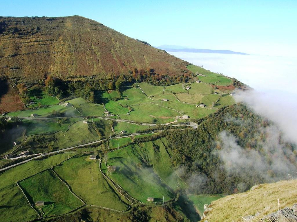 Valle de pas cantabria los verdes valles del pas son for Pisos en montornes del valles