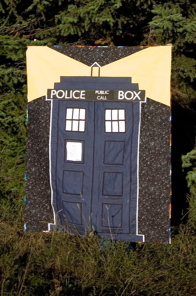 best of gallery crafts tardis quilt tardis quilt finished silkaphyllis flickr 343