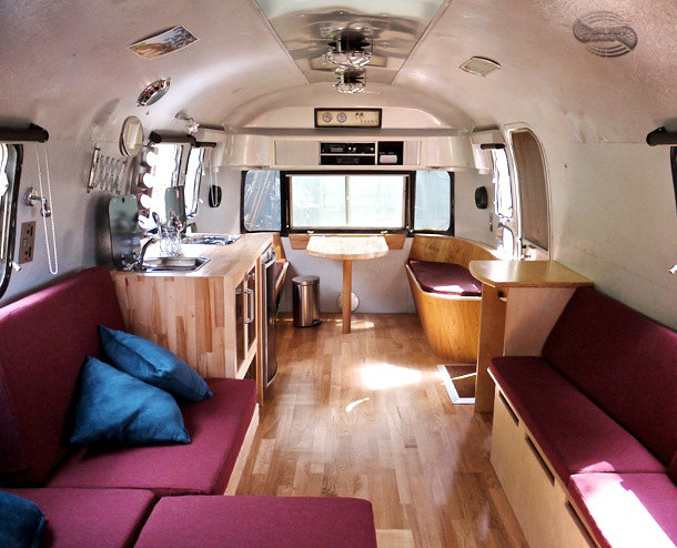 Silver Stage Airstream Interior Click On Image For The Ful Flickr