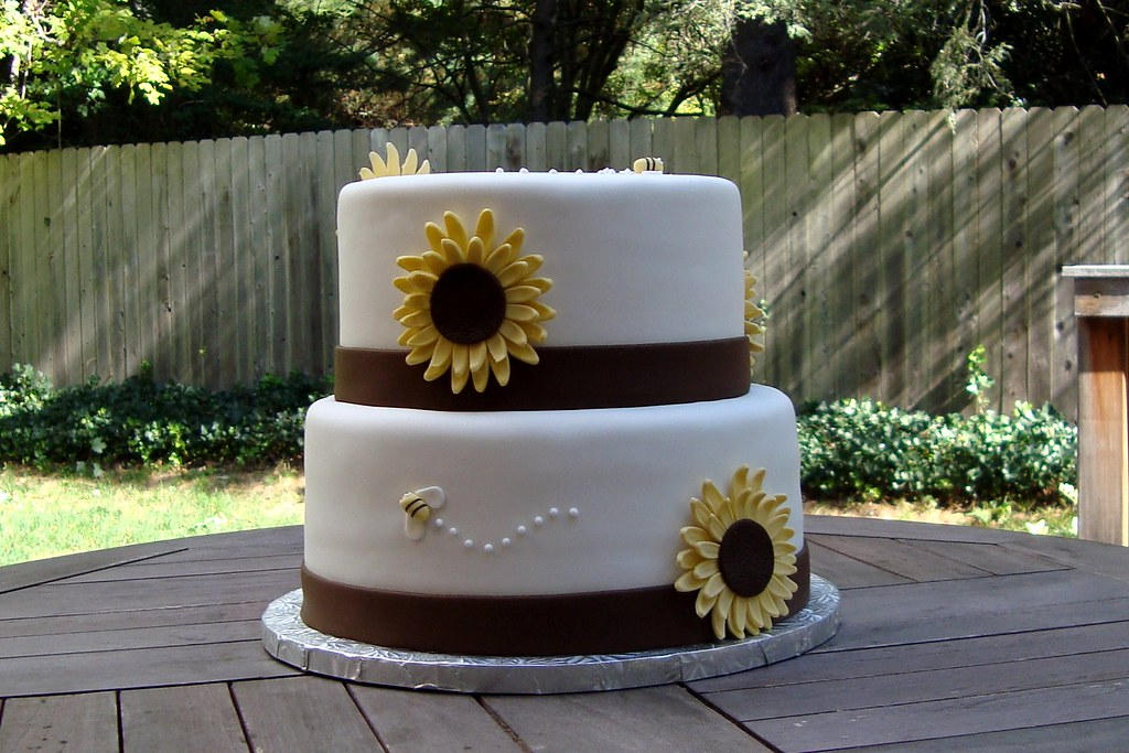 Sunflower Baby Shower Cake | Cakezilla | Flickr