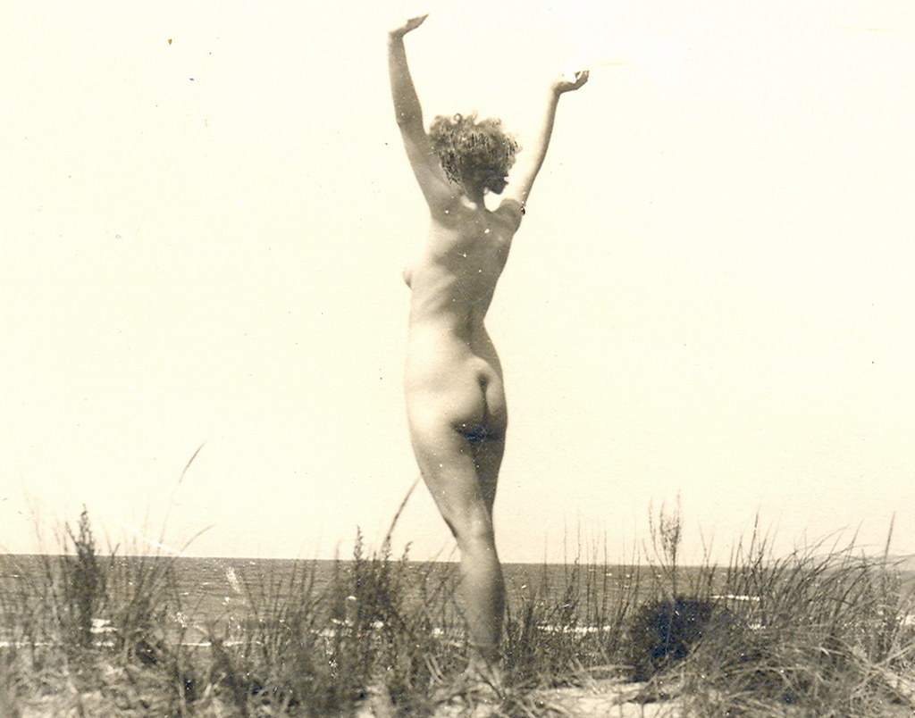 Oscoda Mi Artistic Tasteful Nude Beach Babe On Lake Huron   Flickr-1975