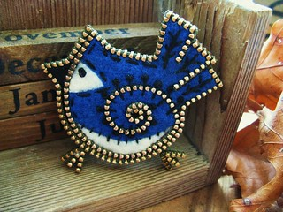A sweet little blue jay brooch | by woolly  fabulous