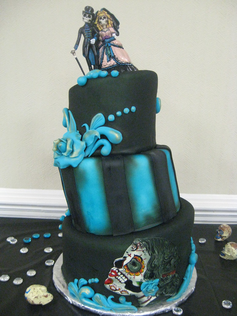 Halloween Wedding Cake | Halloween Cake from 3 Sisters Choco… | Flickr