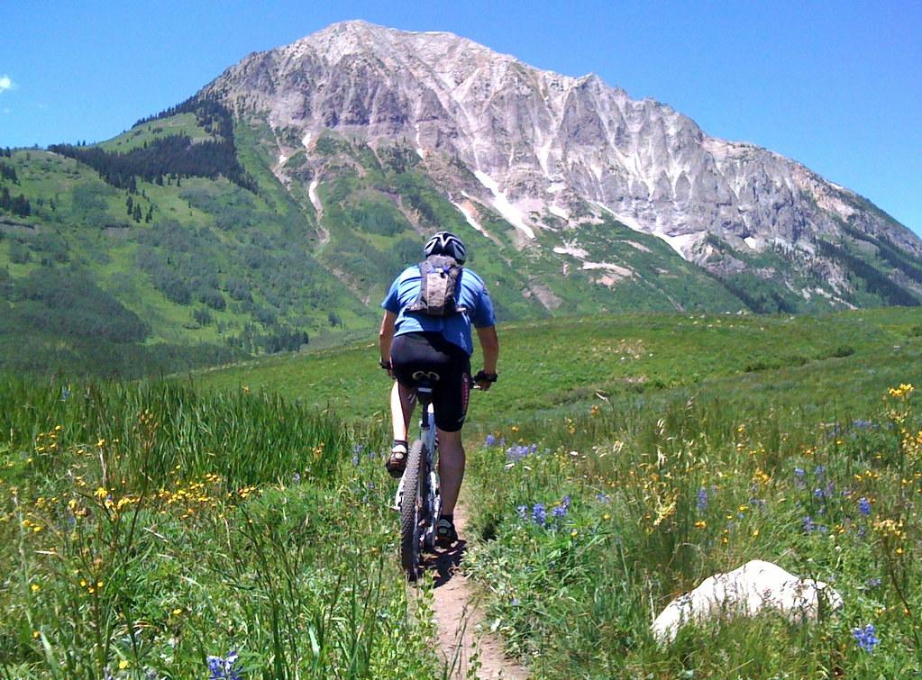 Mountain Biking California Tours