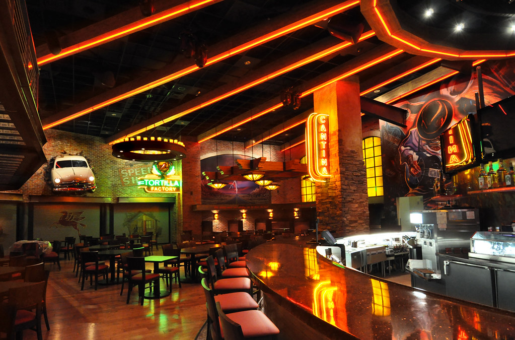 Restaurant decor design casino thunder road ste