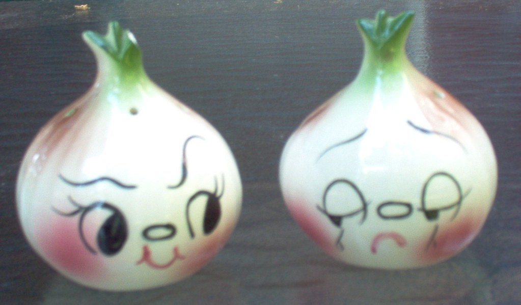 Cute Animated Salt And Pepper Shakers Face Salt Amp Pepper Shakers
