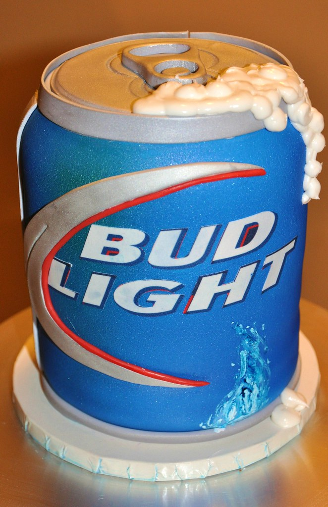 Bud Light Can Bud Light Can Cake By Www Thecakemamas Com