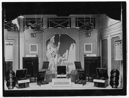 Gramophone Hamersmith shop window - Wagnerian Operas window display July 1929