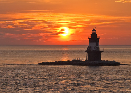 Orient Point Lighthouse from the Cross Sound Ferry | by slack12
