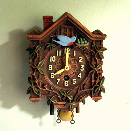 1930s Vintage Lux Pendulette Clock with Animated Bluebird | by calloohcallay