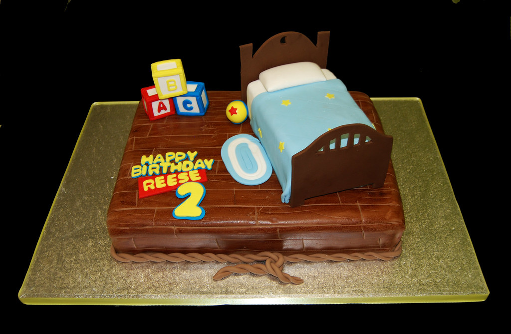Toy Story Cakes For Boys : Boys bedroom scene cake for a toy story themed birthday