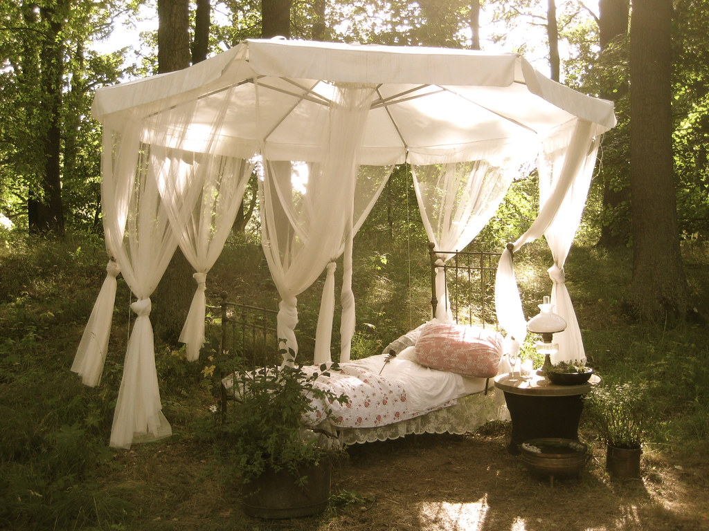 Outdoor bed forest - Outdoor Bed Forest