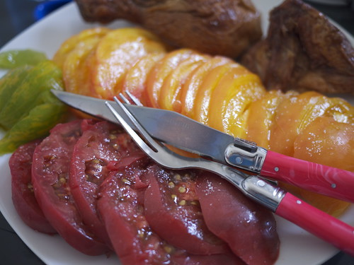 Heirloom tomatoes for lunch | by maki