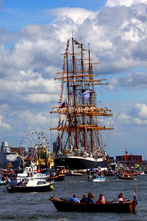 Water madness at SAIL Amsterdam 2010 | by kees straver (will be back online soon friends)