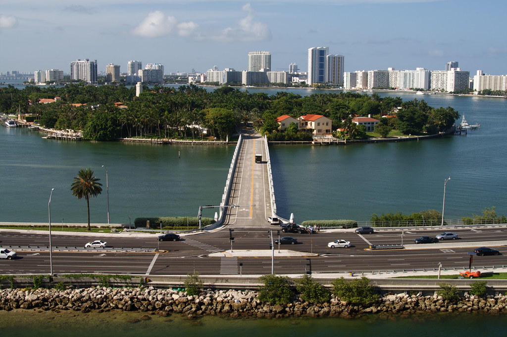 Who Lives On Star Island Miami Beach