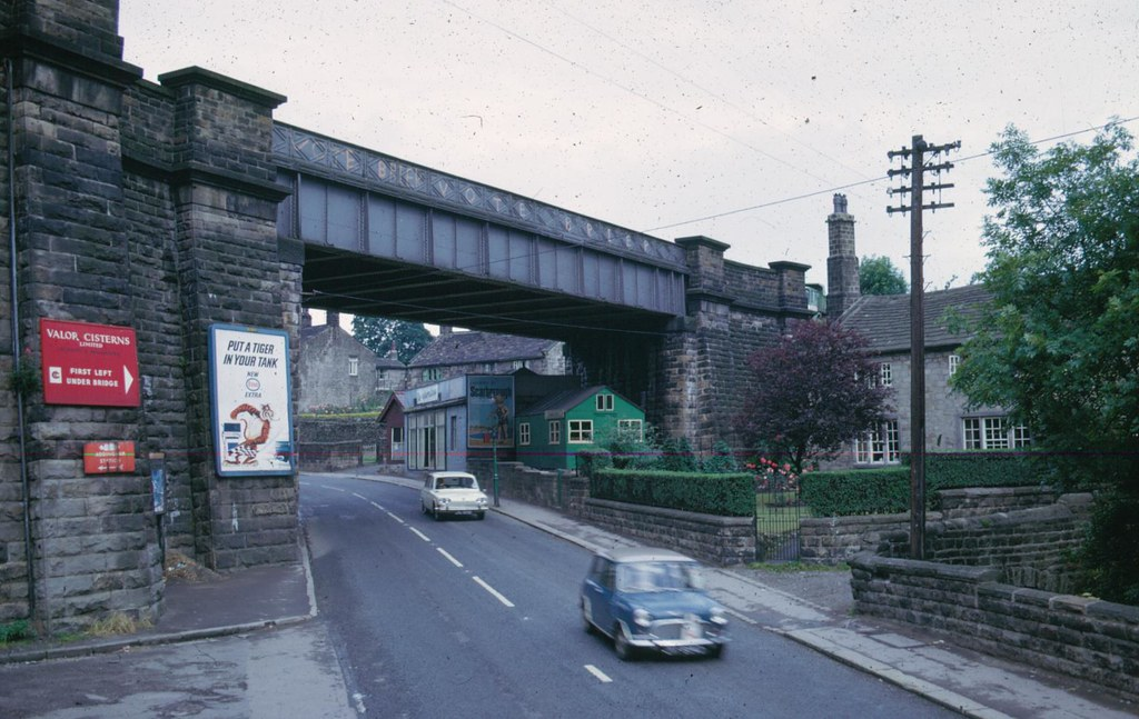 120 108 Main St 1966 Up To Railway Bridge 02 Addingham