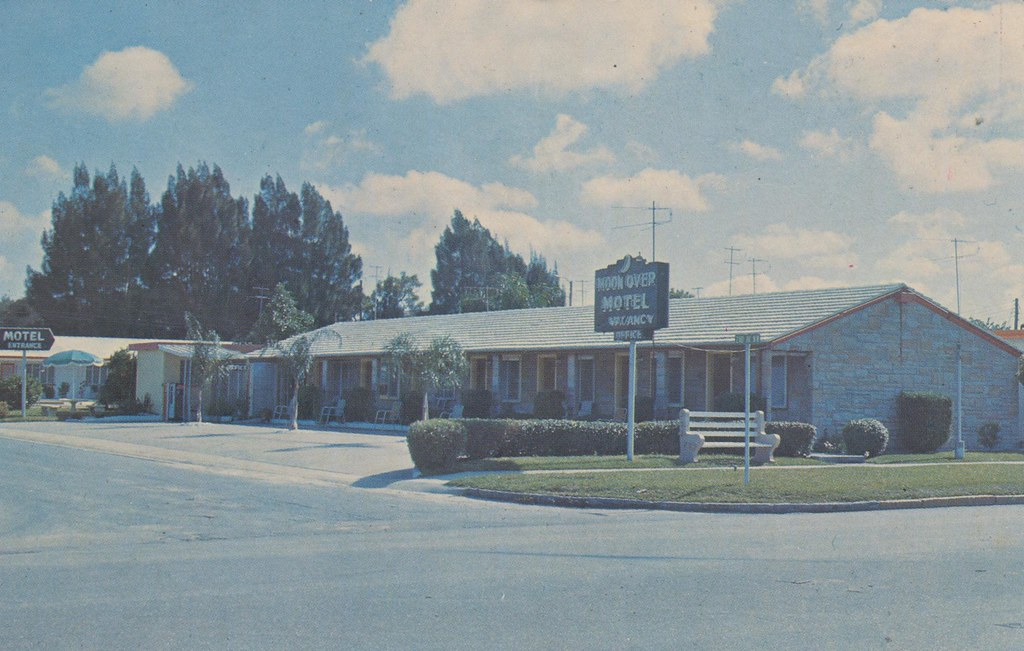Moonover Motel - Largo, Florida