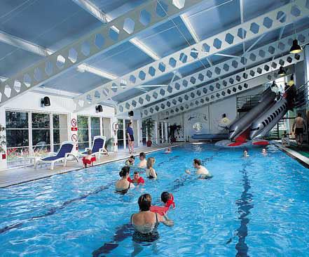 Crieff hydro lagoon swimming pool crieff hydro for Hydroponic pool
