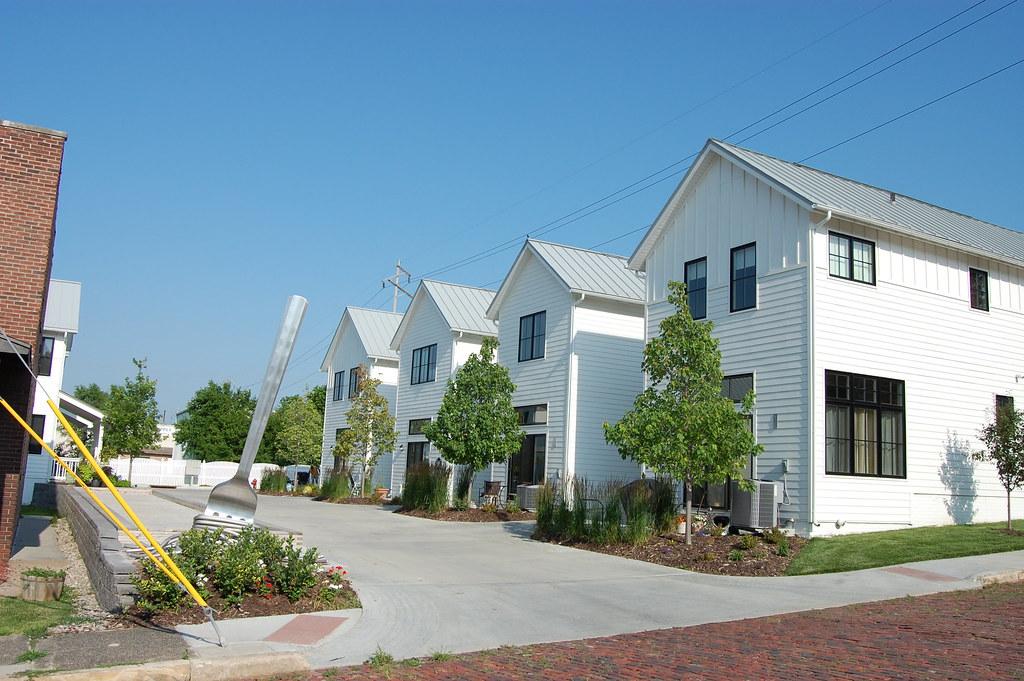 The towns at little italy omaha nebraska ryan renner for Home builders nebraska