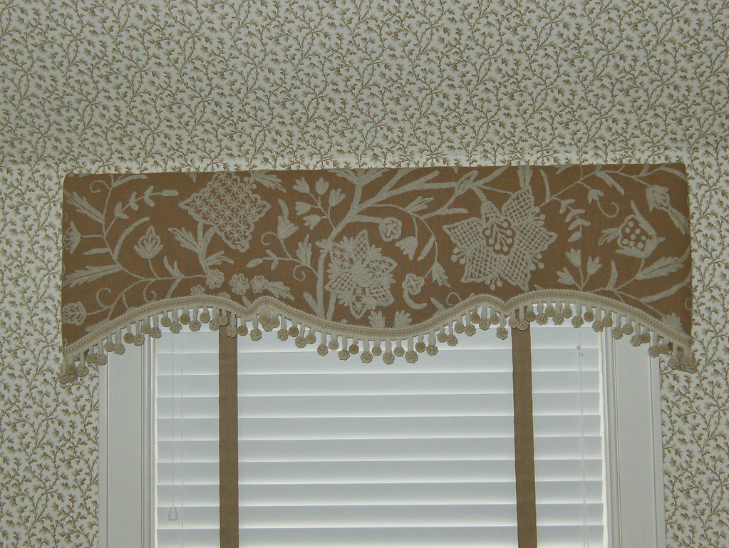 Upholstered Scalloped Cornice With Trim For Charles