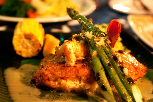 Stuffed mahi mahi mama 39 s fish house post up at bionic for Mamas fish house lunch menu