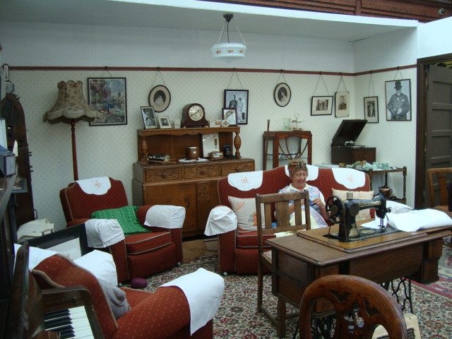 40s living room severn valley railway anna flickr for 40s room decor