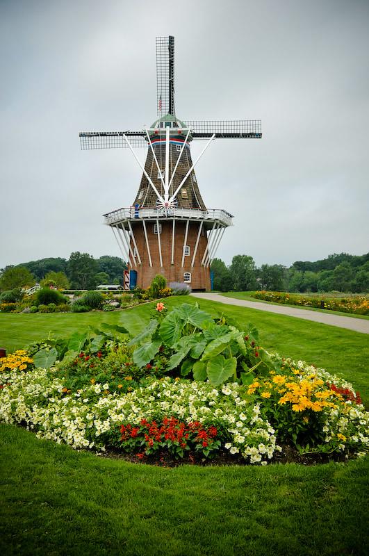 Dutch Windmill Taken In Holland Mi At The Windmill Island Flickr