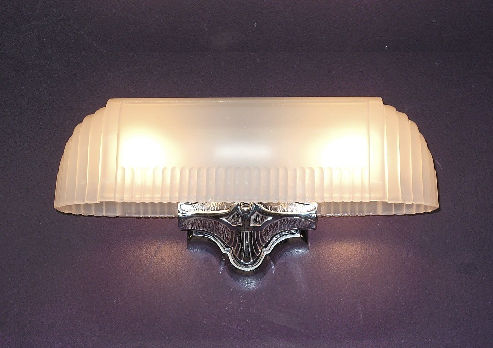 antique vintage chrome 2 bulb bath kitchen light fixture