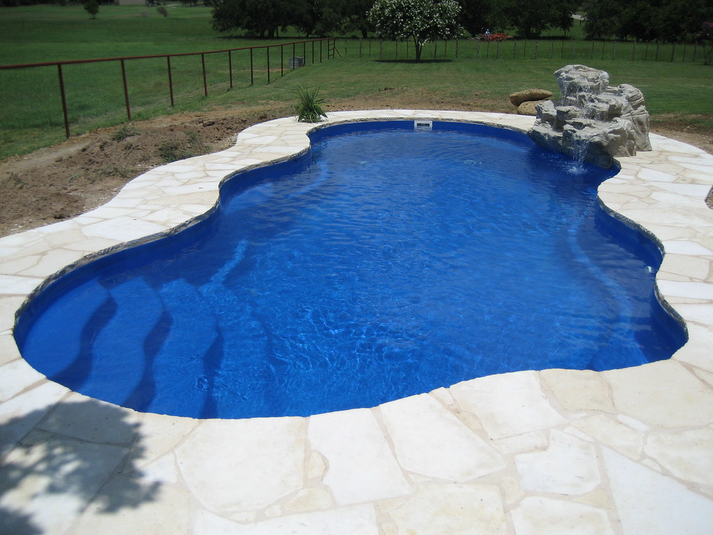 Viking Pools Laguna Aquamarine Fiberglass Pools Of Texa