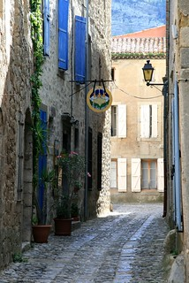 LaGrasse | by MarionIon