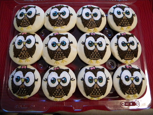 Owl Baby Shower Ideas further Harry Potter Party For Parenting Magazine likewise You Are My Sunshine Baby Shower Printables further Cute Owl Images Free further Cute Oreo Wallpaper. on owl cupcakes