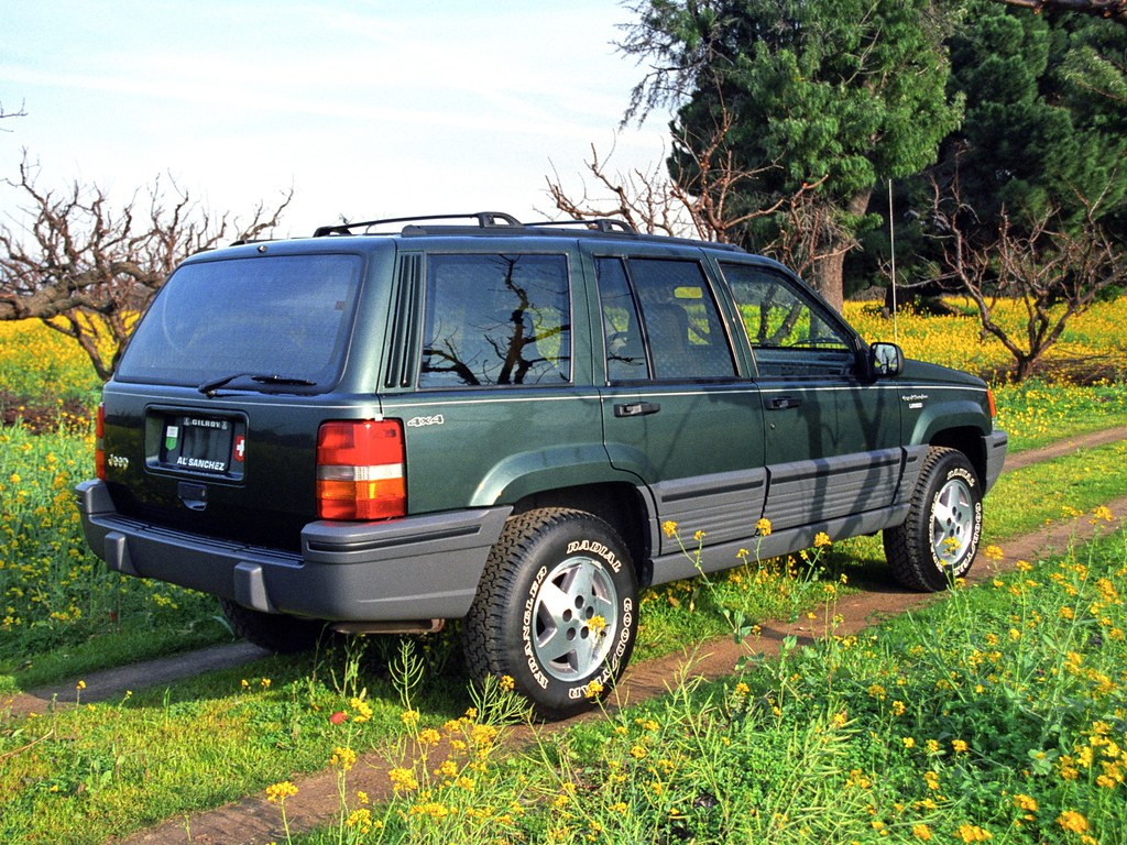Hunter Jeep Image >> 1994 Jeep Grand Cherokee | in Hunter Green Metallic paint, F… | Flickr