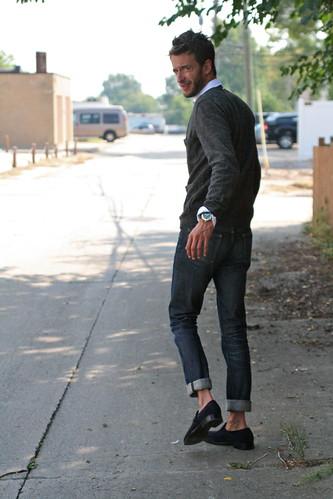 Gilrs Wearing Skechers Shoes Canada