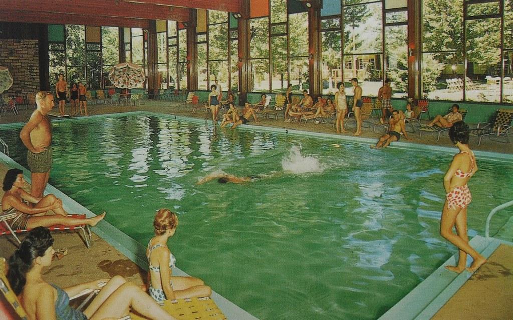 1950s hotel brickman fallsburg new york resort swimming po - New york hotels with swimming pools ...