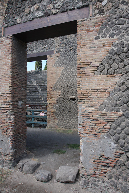 Brick Quoining Pompeii Odeon A View Of A Doorway Behind