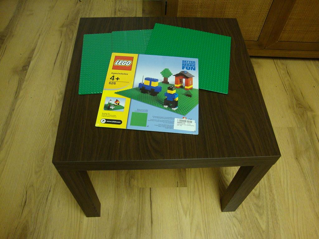 Ikea ized homemade lego table ginger flickr for Ikea lack lego table