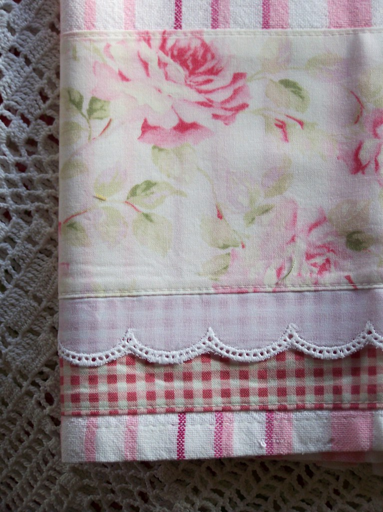 Decorate Shabby chic style. | Decorated tea towels. So ...