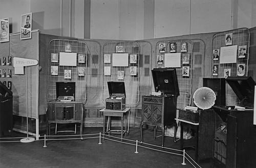hmv vintage gramophone display - unknown location 1940s