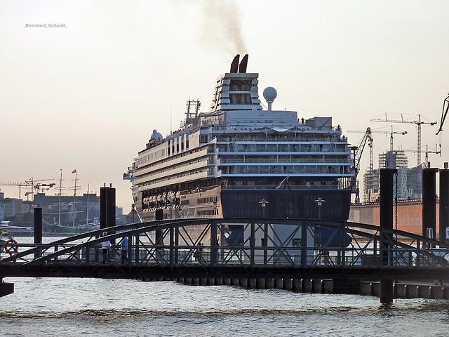 Hamburg hafen mein schiff 1 webcam
