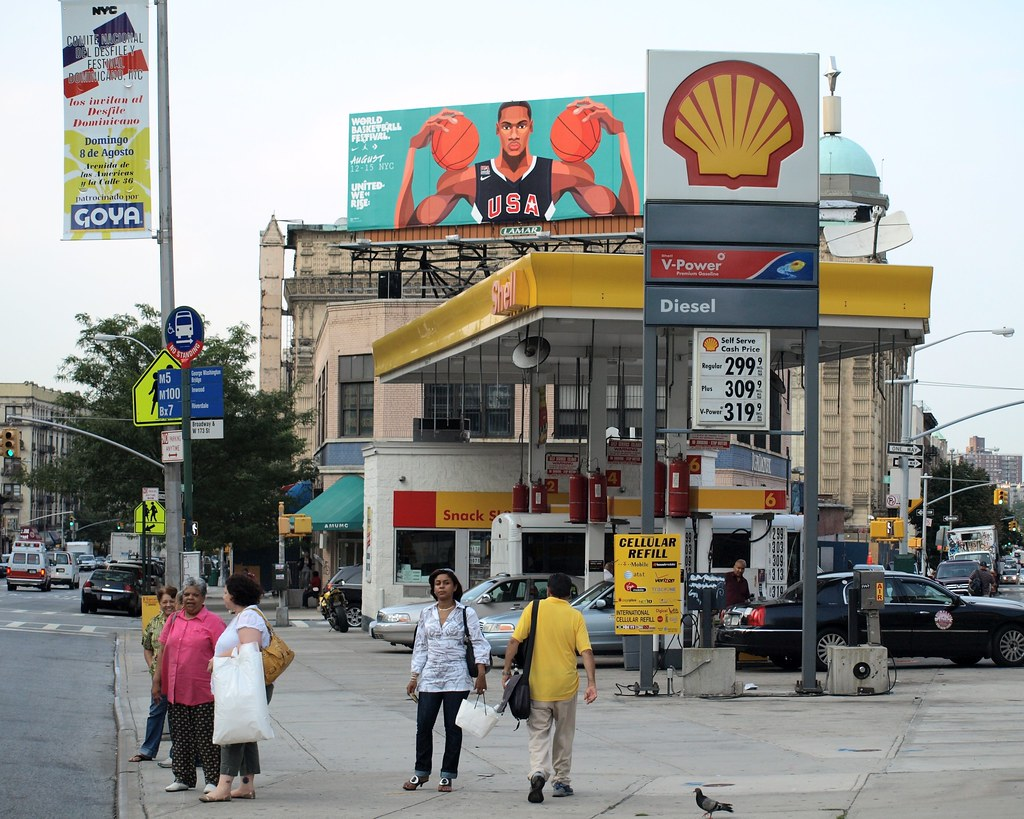 Gas Station Finder >> Shell Gas Station, Broadway, Washington Heights, New York … | Flickr