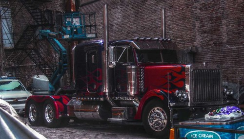 Optimus Prime in HDR | by spincast1123